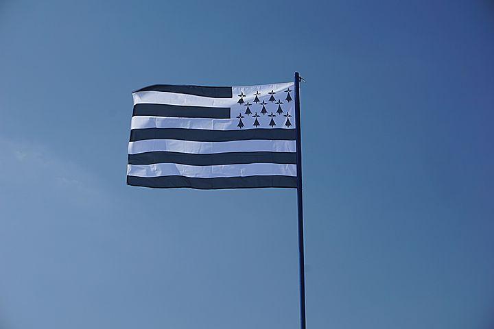Flag, Brittany, Breton Flag, Sky, Wind, Blue