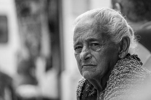 Lisbon, Old Lady, Skeptical