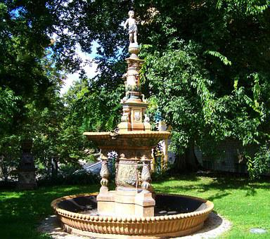 Zsolnay Fountain, Zsolnay Cultural Quarter, Pecs