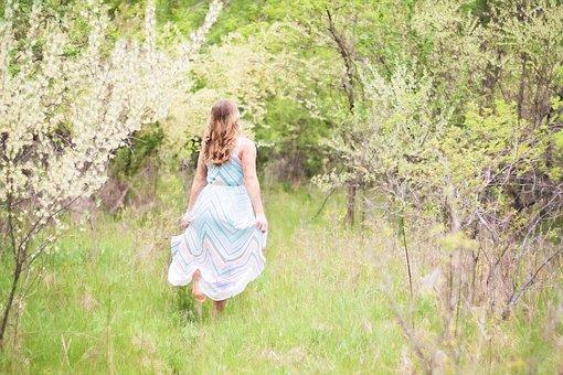 Pretty Woman, Flowing Dress, Spring, Portrait, Nature