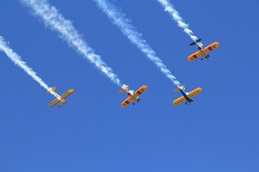Flight Formation, Formation Flight, Airshow, Airplane
