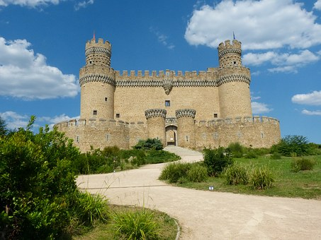Monument, New Castle, Madrid, Manzanares El Real, Spain