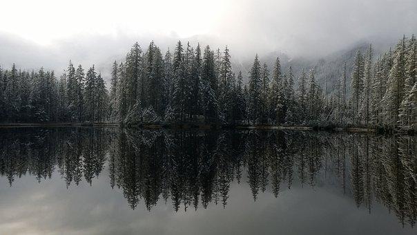 Poland, Smreczyński Pond, Tatry, Mountains