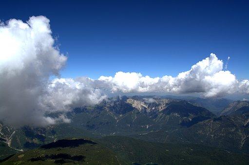 Wetterstein Mountains, Far Right, Eastern Alps