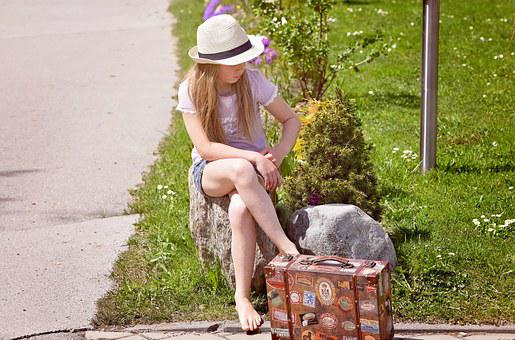 Human, Person, Child, Girl, Hat, Barefoot, Luggage