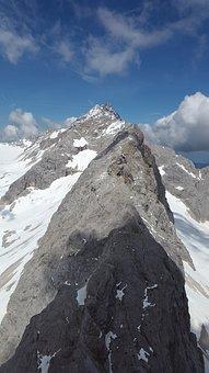 Arête, Ridge, Rock Ridge, Zugspitze Massif, Mountains