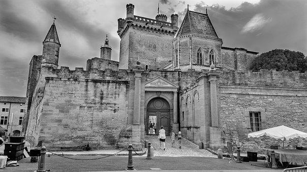 Uzes, Palace, Town, France, Architecture, Back-white
