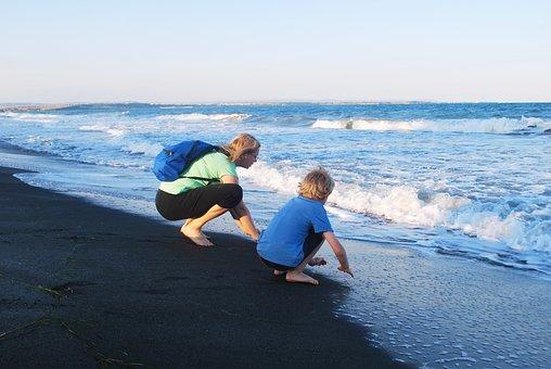 Woman, Boy, Sea, Walking, Trying, Feeling, Mother, Son