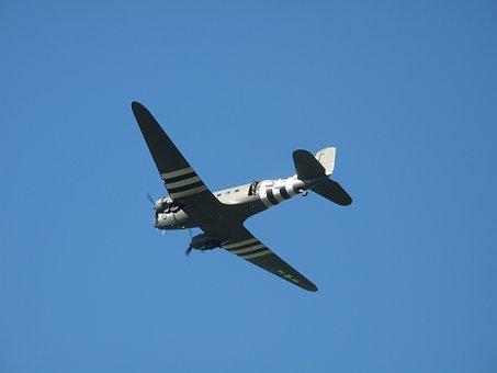 C-47, Dakota, Dc-3, Warbird, Aircraft, Airplane, Flight