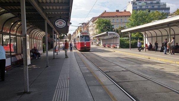 Vienna, Reumannplatz, Bim, Tram, Human, öpnv