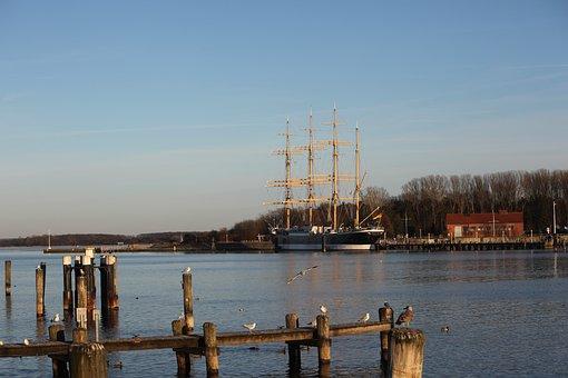 Four Master, Lake, Water, Ship, Travemünde