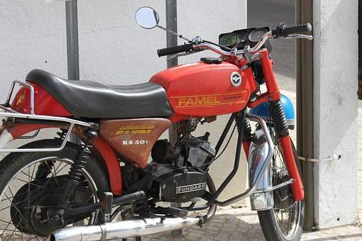 Moped, Old Motorcycle, Holiday, Motorcycle, Red