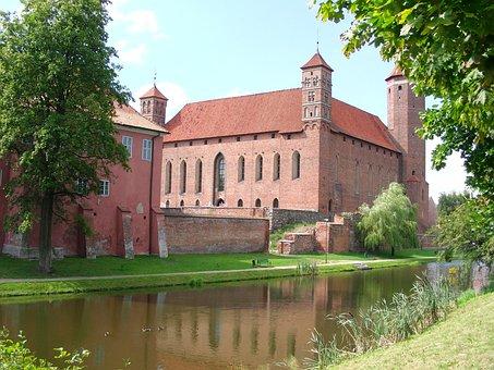 Lidzbark Warmia, Castle, Architecture, Moat, Brick