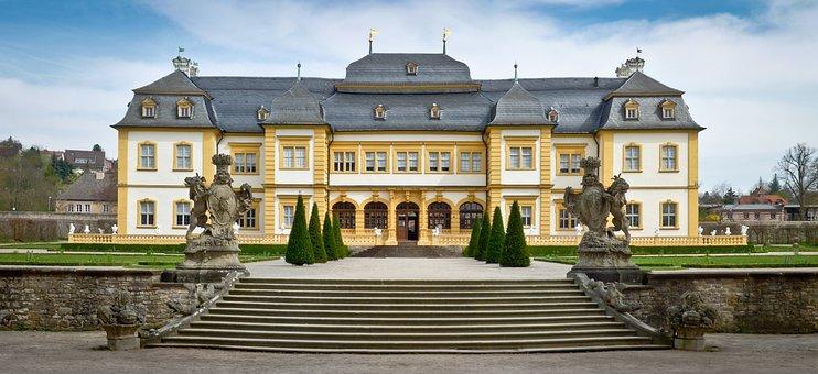 Schloss Veitshochheim, The Palace, Architecture