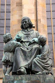 Sculpture, Monument, Children, Narrator, Dinosaur