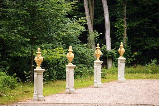 Ludwigslust-parchim, Castle Park, Kaisersaal, Amphora
