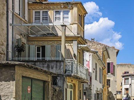 Homes, Old Houses, Balcony, Typical, Vaison La Romaine