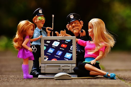 Social Media, Internet, Security, Police, Children