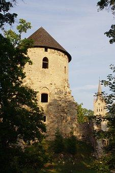 Latvia, Cesis, Livonian Order Castle, Ruin