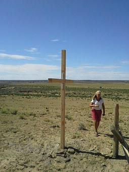 Cross, Lonely, Woman, Person, Walk, Mission Trip