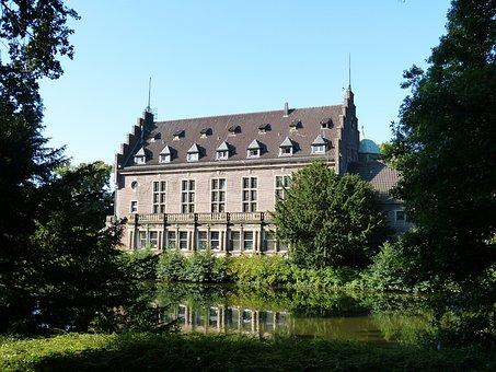 Moated Castle, Places Of Interest, Castle, Park