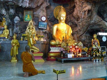 Temple, Tiger Cave, Ao Nang, Krabi, Thailand