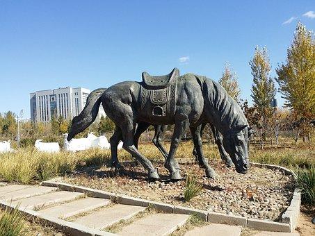 Inner Mongolia, Jingkiseukan, Genghis Khan, Statue
