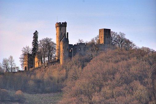 Wolf Park, Kasselburg, Pelm, Eifel, Castle