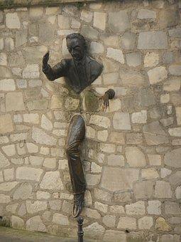 Wall Pass, Man Standing, Montmartre