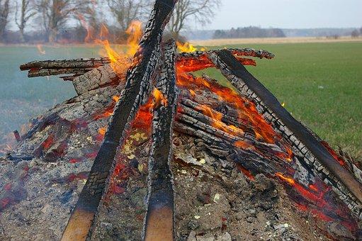 Bonfire, Fire, Valborg, Spring, Clear, Smoke