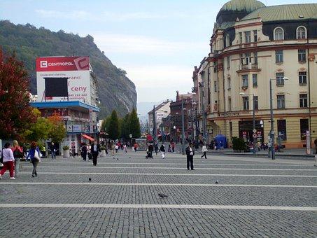 Peace Square, City, Urban, Backdrop, Hill, Sky, People