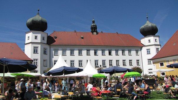Tüßling Castle, Tüßling, Castle, Beer Garden