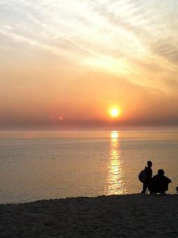 Sunrise, Japan Sea, Jung Dong-jin