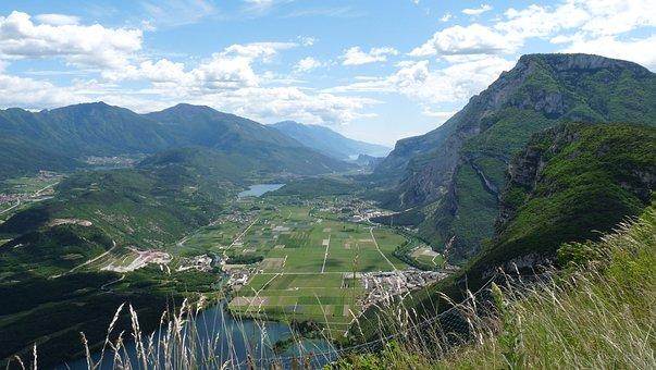 Valle Dei Laghi, Trentino, Margone, Slope, Toblino