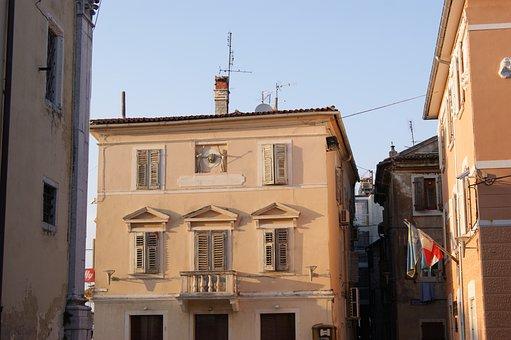 Umag, Home, Old Town, Mediterranean, Building, Europe