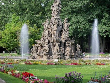 Fountain, Gain, Bavaria, Germany, University City
