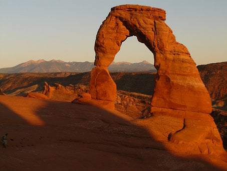 Sandstone, Landmark, Natural Arch, Tourist Attraction