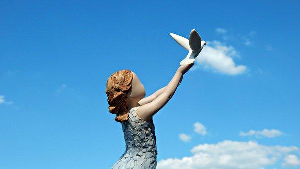 Arora, Figurine, Statuette, Follow Your Dream