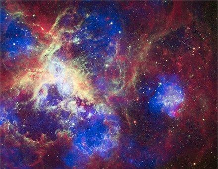 Tarantula Nebula, 30 Doradus, Ngc 2070
