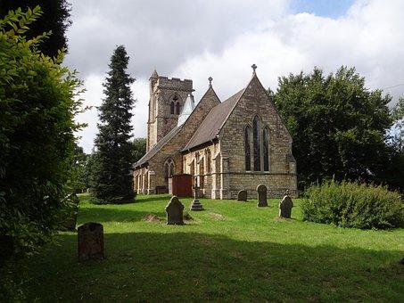 Skellingthorpe, Church, Graveyard