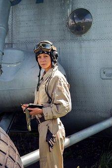 Lёtchitsa, Girl, Navigator, Pilot
