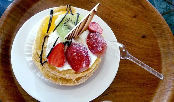Fruit-filled Choux Pastry, Pastry, Dessert, Choux
