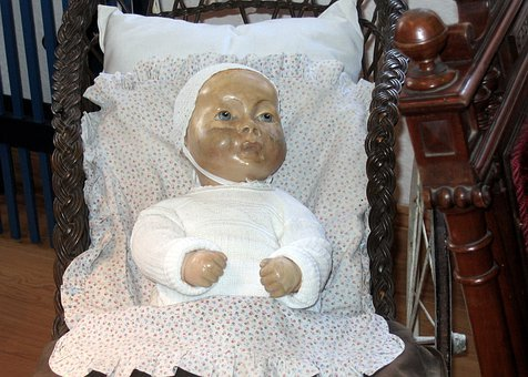 Doll, Old, Old Toys, Dirty, Girl, Play, Doll's Bed