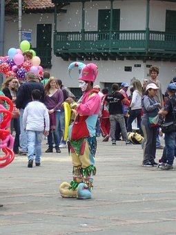 Thinking, Harlequin, Work, Plaza, Sunday, Bolivar
