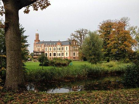 Castle, Gamehl, Mecklenburg Western Pomerania, Park