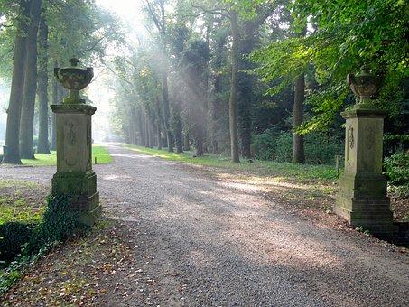 Mataram Manor, Dalfsen, Entry, Portal, Columns, Decor