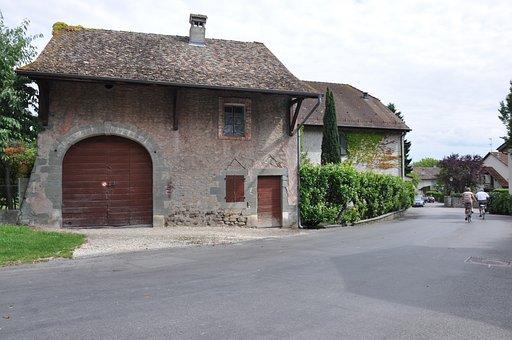 Village, Laconnex, Geneva, Villa, Italy, Bikers, Brick