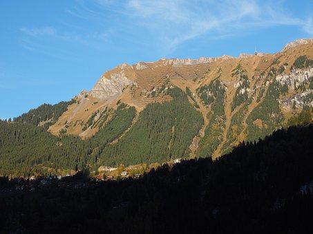 Lauterbrunnen, Switzerland, Male, Cableway Wengen-male