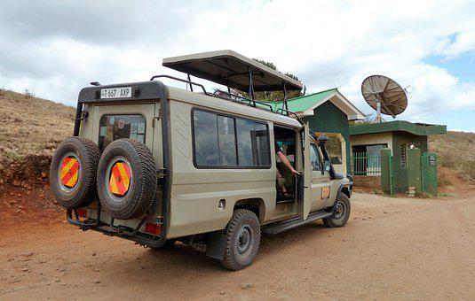 Vevoer, Jeep, Safari, Truck, Spare Tire, Firmly, Tough