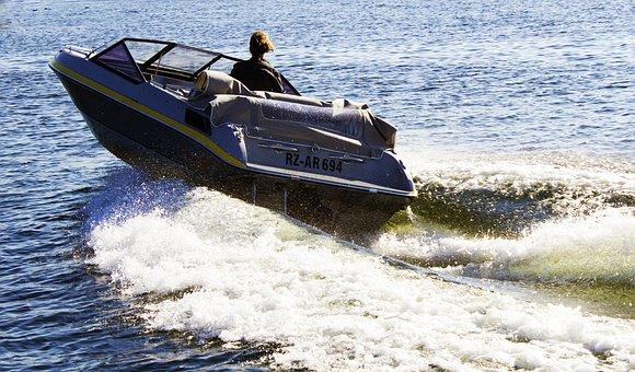 Sport Boat, Powerboat, Boot, Lake, Müritz, Goods, Wave
